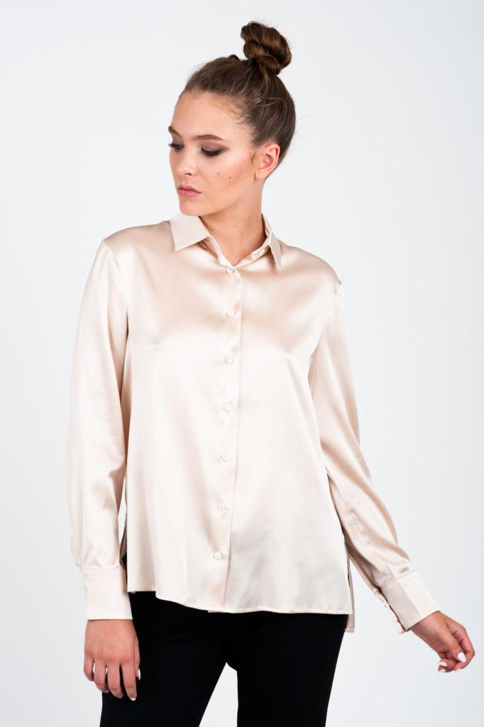 beżowa jedwabna koszula