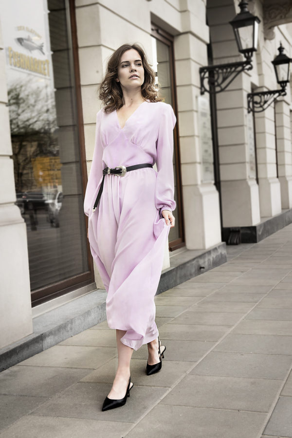 suknia jedwabna maxi lawendowa